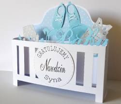Łóżeczko z okazji narodzin dla chłopczyka
